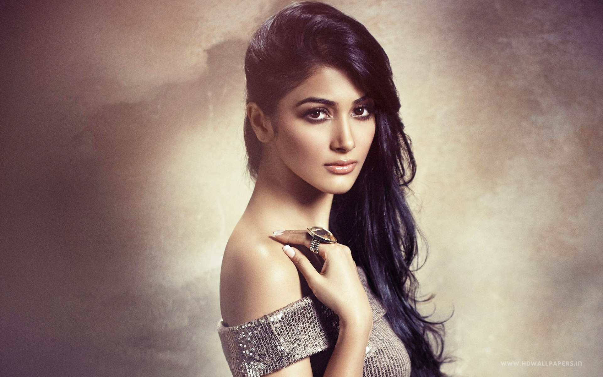 Bollywood Actress Wallpapers Hd 2018 70 Background Pictures