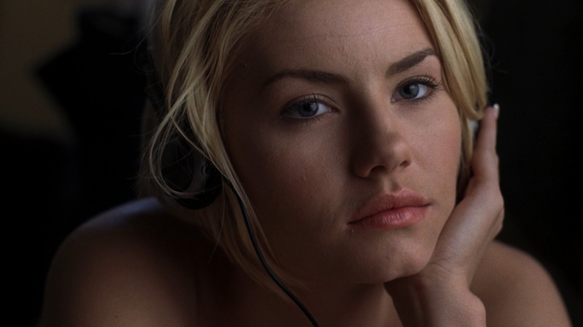 Wallpapers Of Elisha Cuthbert 71 Background Pictures