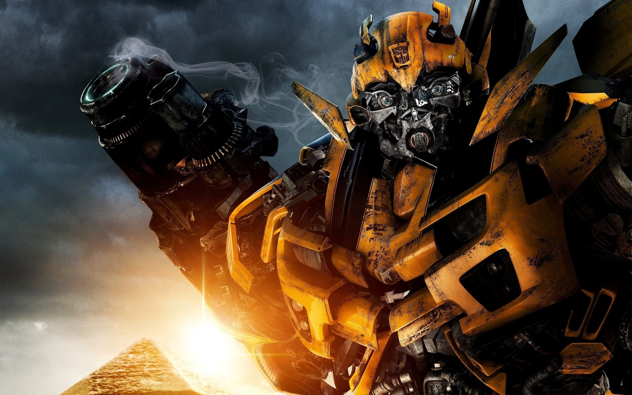 transformers wallpaper bumblebee  Transformers 2 Bumblebee Wallpapers (74  background pictures)