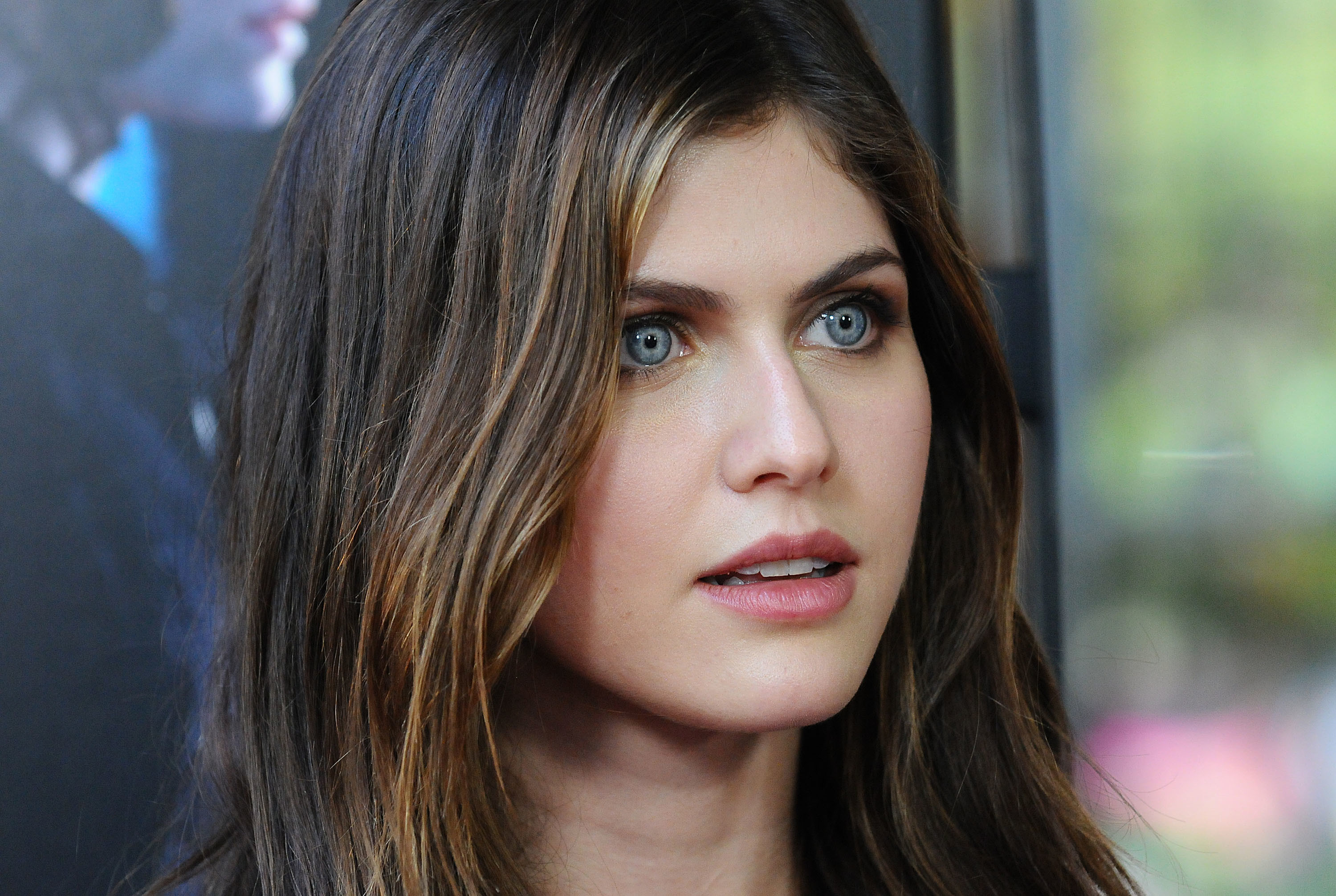 Alexandra Daddario Wallpapers 71 Background Pictures