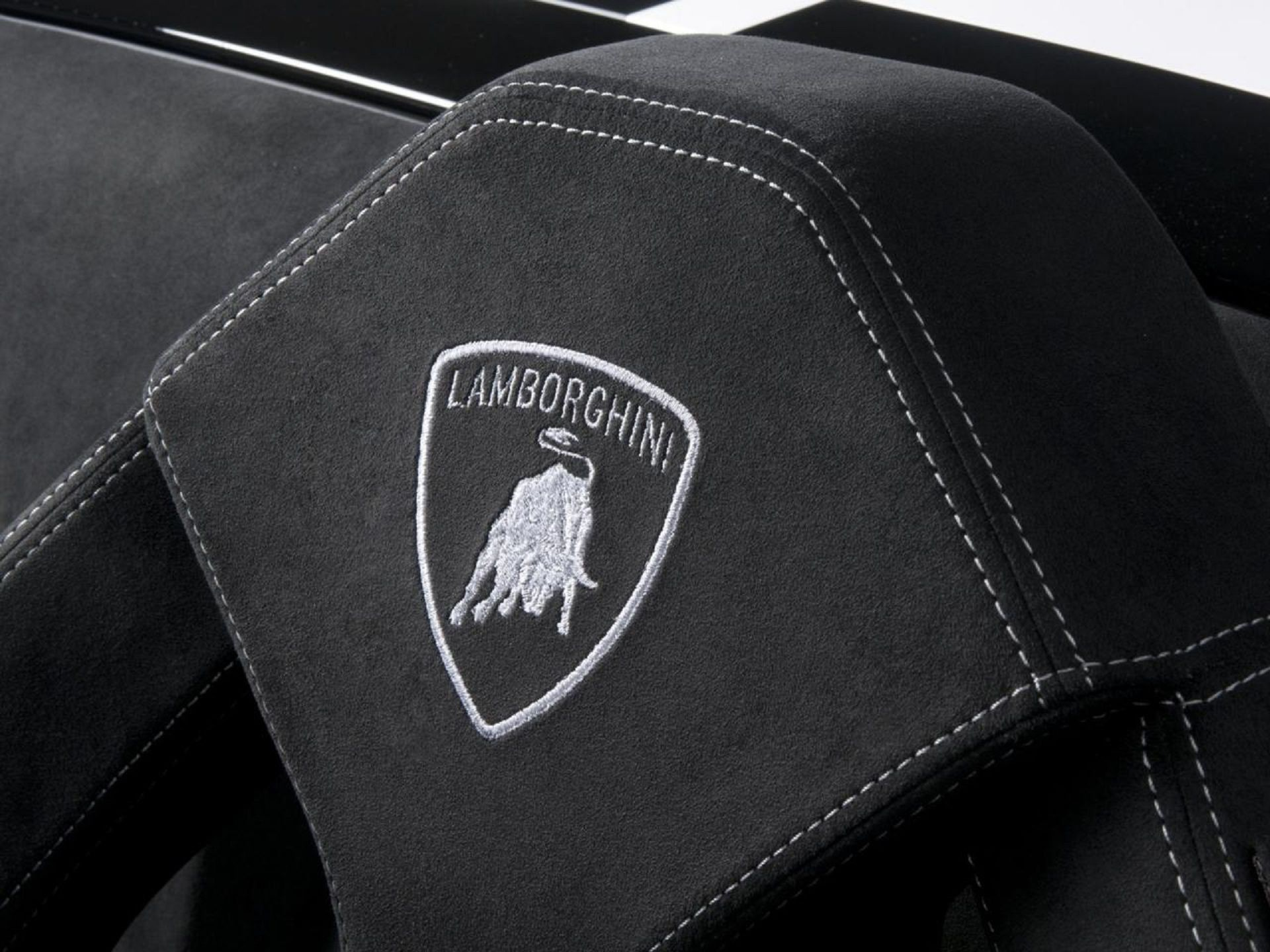 Ferrari Badge Wallpapers 59 Background Pictures