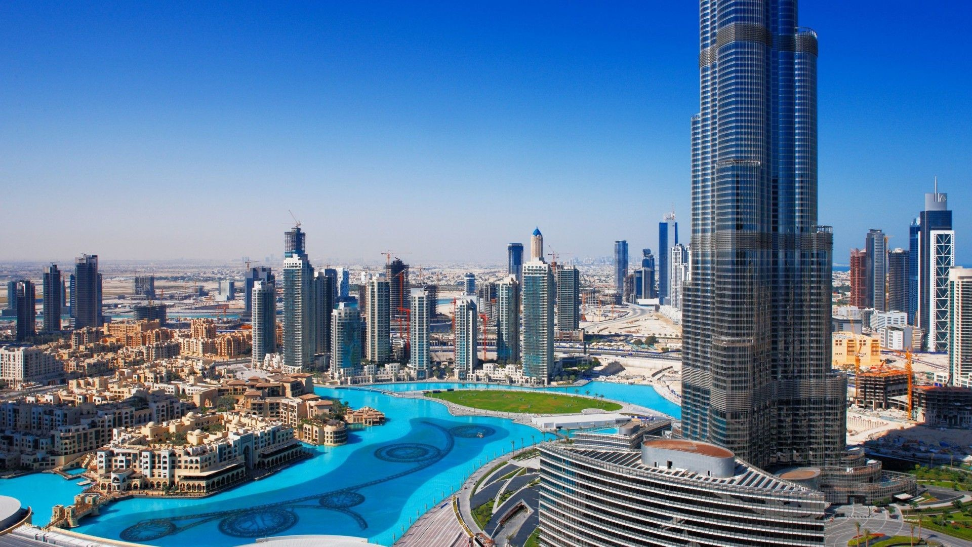 Dubais economy starting to heal, as business conditions