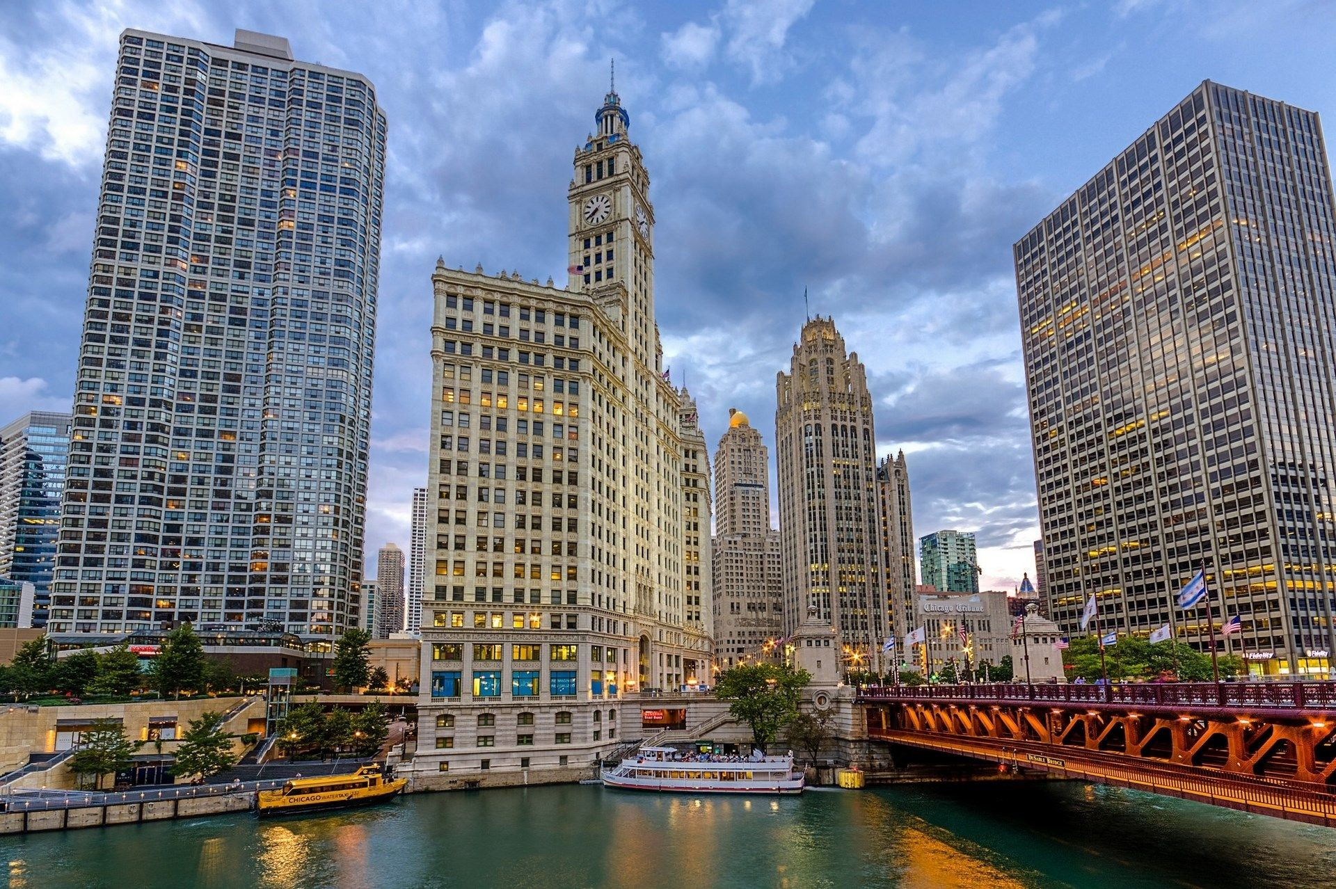 ATAT in Chicago iPhone Wallpaper HD Free Download