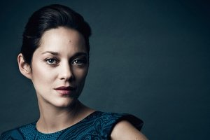 widescreen marion cotillard wallpapers 2560x1320