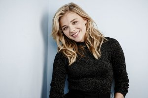 popular chloe moretz 2018 wallpapers 1920x1200