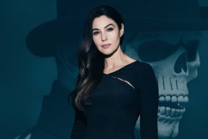 best monica bellucci desktop wallpapers 2560x1600 large resolution